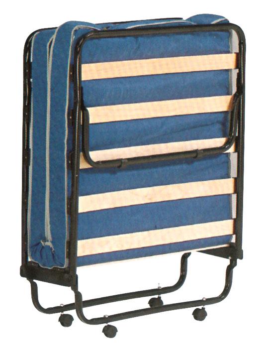 Mobili in letto camere da letto lucia mobili with mobili - Brandina letto ...